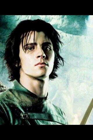 Garret Hedlund as Murtagh   Garrett hedlund, Eragon ...