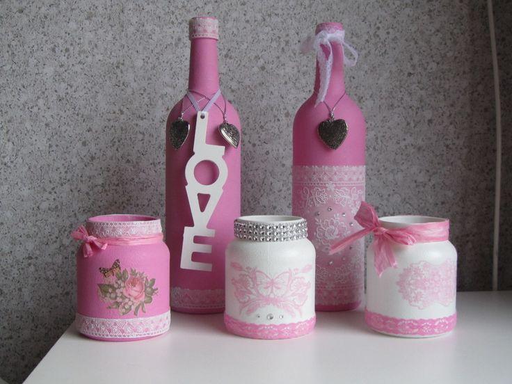 Gesso en roze acrylverf