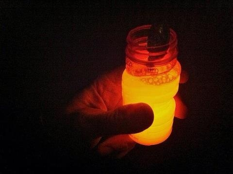 For those summer nights in the garden: cut open a couple of glow sticks and pour into a jar of bubble solution. What do you get? Glow in the dark bubbles! Keep in mind that, according to the CPC, the glow stick solution is low in toxicity...but we don't encourage eating it.