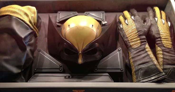 Why Wolverine's Yellow Costume Doesn't Work for Logan -- Logan director James Mangold explains why Wolverine's yellow costume has never made sense in any X-Men movie. -- http://movieweb.com/logan-movie-why-no-yellow-wolverine-costume/