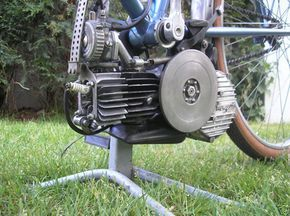 Mosquito 49cc Cyclomoteur Engine | Flickr - Photo Sharing!