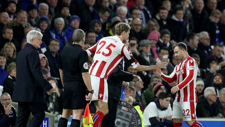 Super sub – Peter Crouch makes record Premier League substitute appearance #News #Brighton #CrouchSubstitute #Football #JermainDefoe