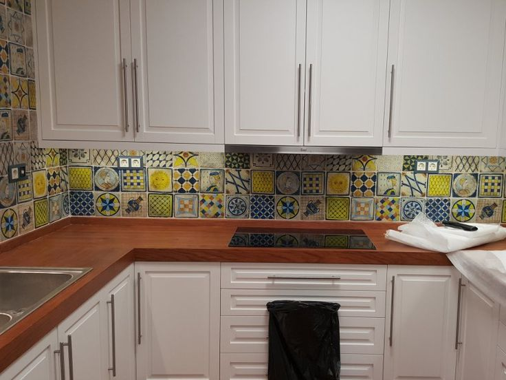 Handmade Kitchen Tiles Travertino volcanic Pelion painted Designs 16 x 16cm From studio travertino  http://www.studio-travertino.gr/kouzinas-xeiropoihta-plakak…