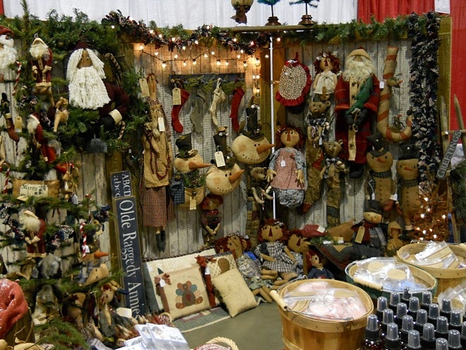 Olde raggedy ann sign primitive craft booths aka 39 eye for Country christmas craft show
