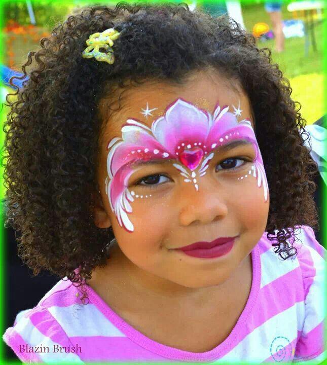 Schmink / Pretty face paint mask one stroke technique www.hierishetfeest.com