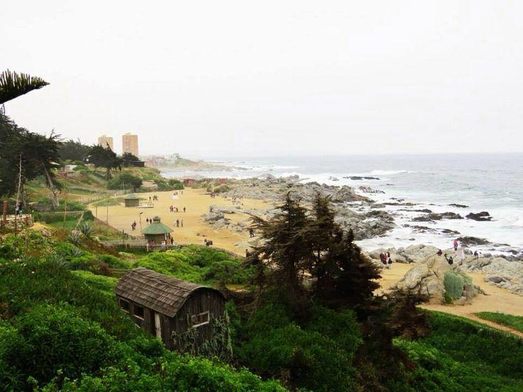 Playa Isla Negra, desde la casa de Pablo Neruda, V Región.