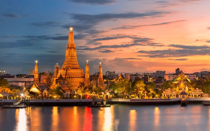 Book your flight tickets to Bangkok at unbelievable prices. Call us on 02088191111 (24/7) to avail attractive deals and discounts on air travel.