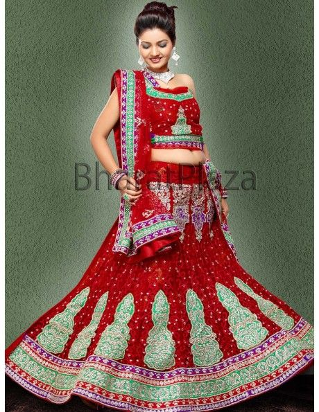 Bharat plaza gives you a complete outlook on the latest bridal lehenga.Indian Bridal Lehenga Choli. http://www.bharatplaza.com/women/lehengas.html