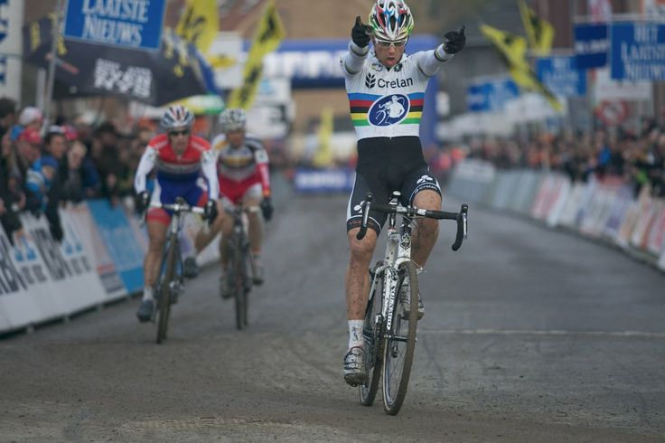 Sven Nys' winning salute after winning the 2013 edition of Druivencross in Overijse