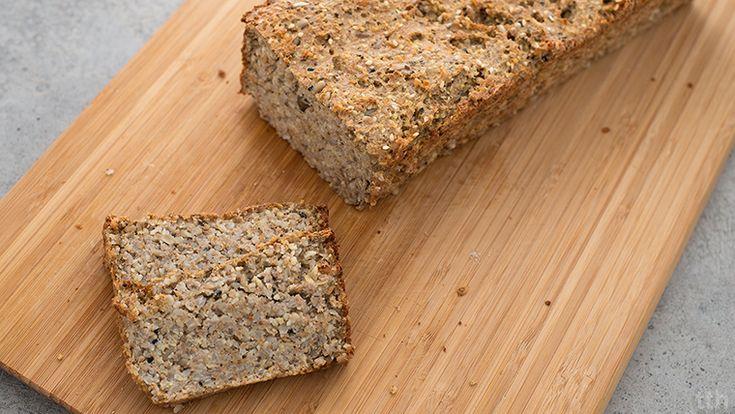 """Bezglutenowy """"chleb"""" z kasz - jaglanej i gryczanej"""