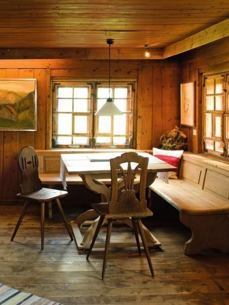 16 besten bauernstuhl holz bilder auf pinterest holz for Bauernstube modern einrichten