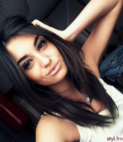 Cute. Shorter layered haircut. Something I can do while growing out my short layers.