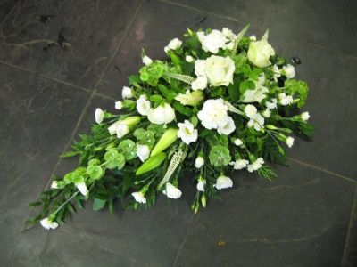 Single ended funeral spray