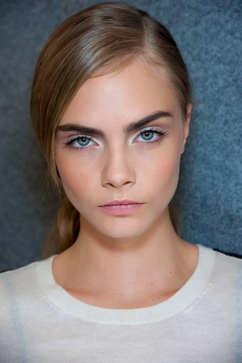side part #hairstyle on Cara Delevingne | see other side part hairstyles here http://www.fashionising.com/trends/b--side-part-hair-womens-14850.html