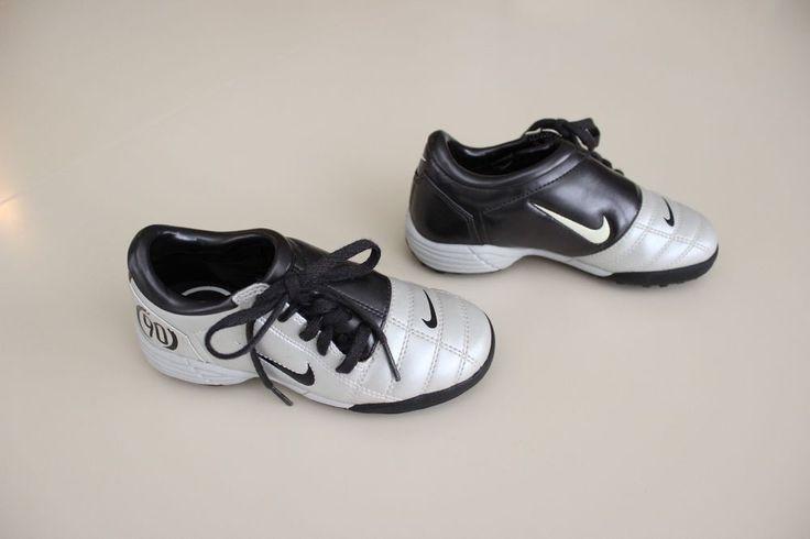 Youth NIKE Jr. Size 11C Total 90 III Turf Cleats Soccer Black White EUC #Nike