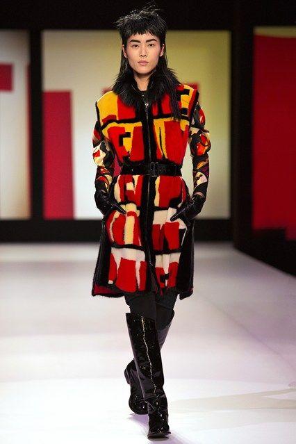 Jean Paul Gaultier - www.vogue.co.uk/fashion/autumn-winter-2013/ready-to-wear/jean-paul-gaultier/full-length-photos/gallery/948246