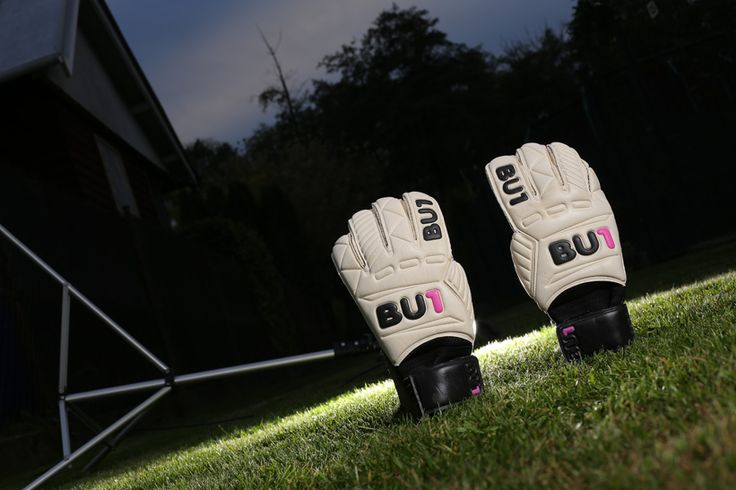 BU1 Color Football Goalkeeper Gloves