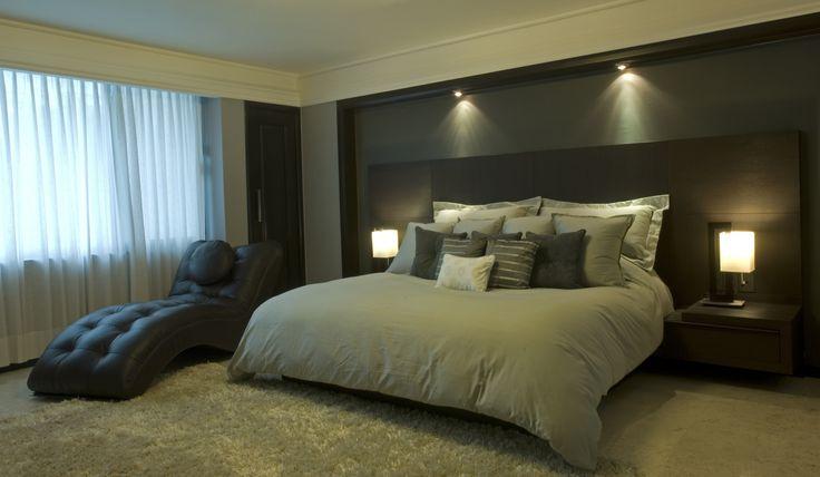 Recamara Principal, elegancia, iluminacion, moderna, simple. por Victoria Plasencia Interiorismo
