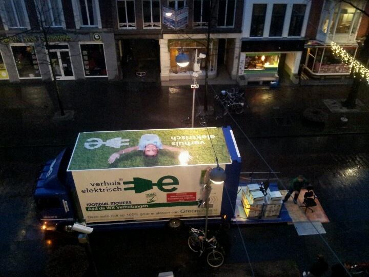 Geheel elektrisch verhuizen met elektrische verhuiswagen van Mondial Aad de Wit verhuizingen