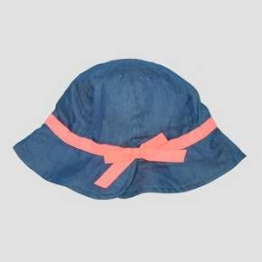 Rosy baby cheeks shouldn't be because of sunburn, so give her face some sun protection with this Denim Bucket Hat from Cat & Jack™. This adorable denim hat with its sweet pink ribbon band is as functional as it is cute, with a longer brim to shade baby's eyes, face and neck from the harsh sun.