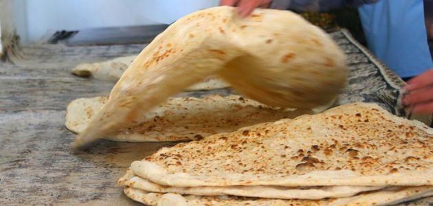 الخبز العربي على الصاج إعداد خبز الشراك العربي المكو نات طريقة التحضير خبز الص اج الش امي المكو نات طريقة التحضير فيديو طريقة عمل بيت Food Bread