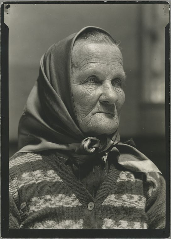 33 Beautiful Vintage Portraits Of America's Immigrant Past From Ellis Island - BuzzFeed News