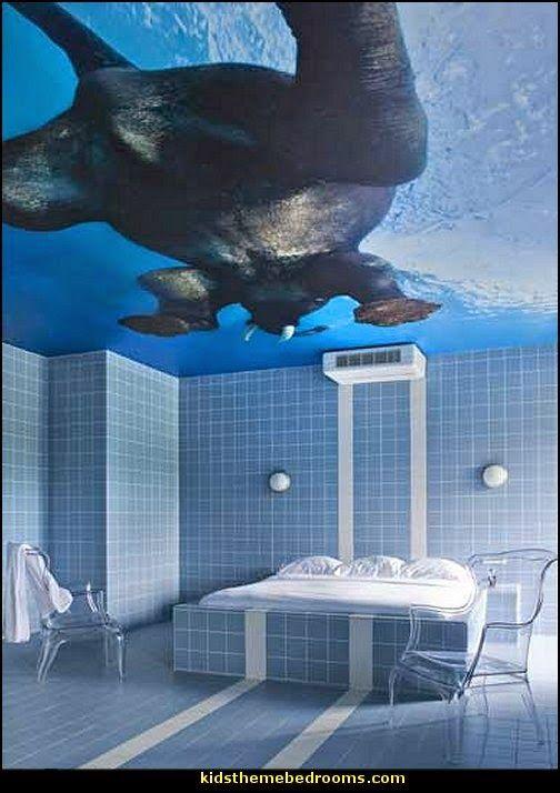 Swimming pool theme bedroom are you kidding me hahaha for Swimming pool room decor