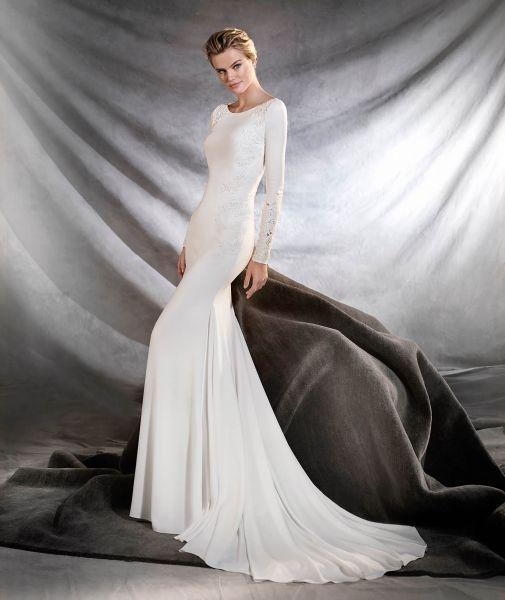 Vestidos de novia cuello redondo 2017: Un diseño que no pasa de moda Image: 26