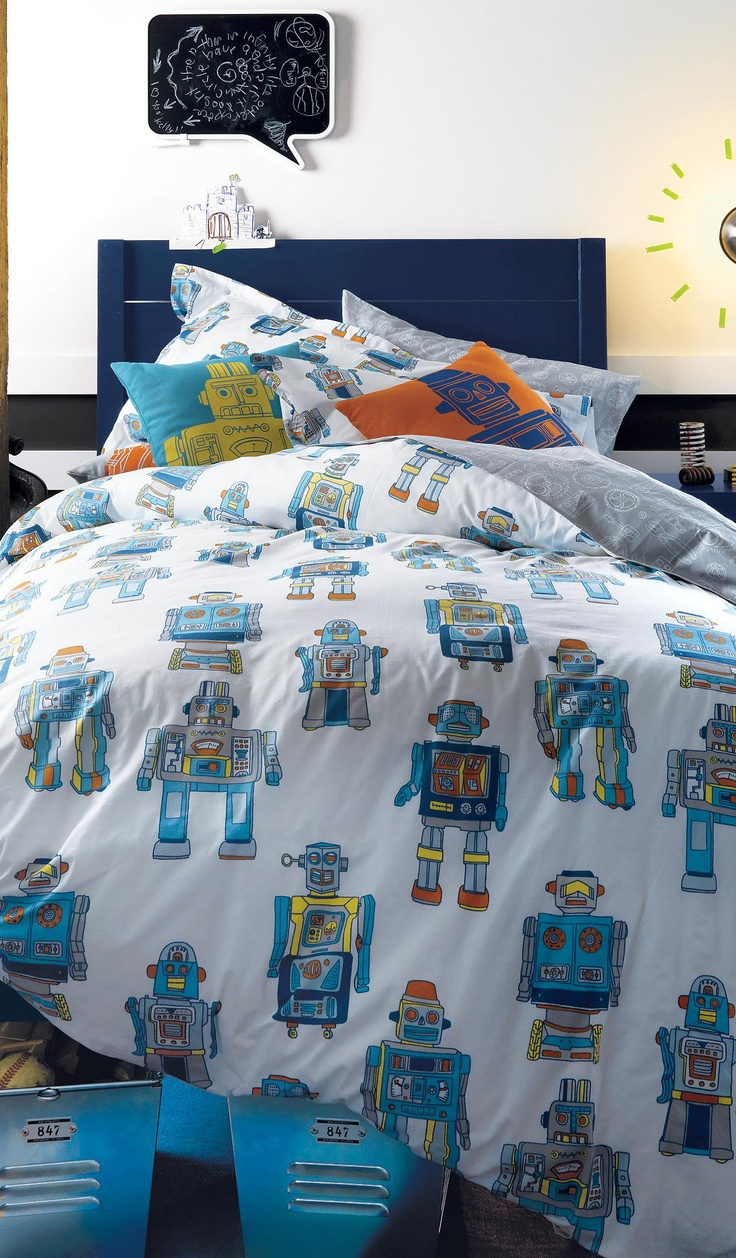 17 best images about boys bedrooms boys bedding room for Robot room decor