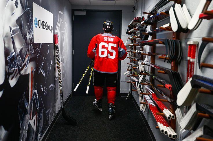 Andrew Shaw leaves the locker room for morning skate. #Blackhawks #StanleyCup