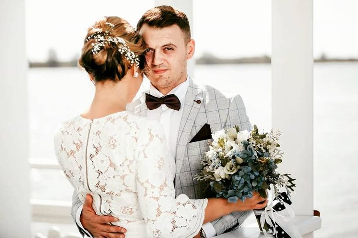 Sunlight  #teoriazambetului #ilovemyjob #weddingday #civilwedding #lake #dock #sunkissed #embrace #hydrangea #blue #white