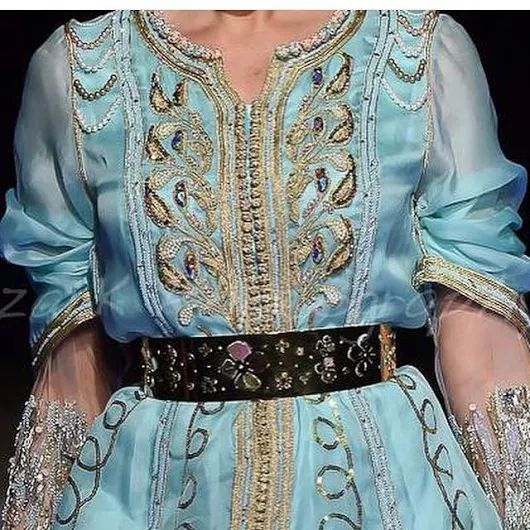 17 best ideas about caftan marocain 2015 on pinterest for Haute couture boutique