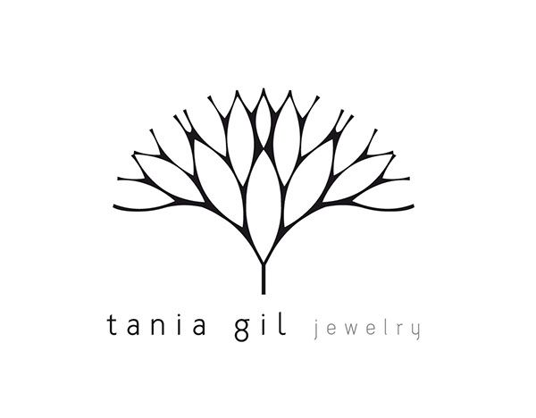 The logo design explores geometric and organic combination, creating a tree-like delicate structure, in harmony with the brand concepts.