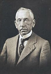Billy Hughes..Advocated conscription during World War I, on which he lost a plebiscite; expelled from the Labor Party. His new National Labor Party entered into an alliance with the Commonwealth Liberal Party, later merging fully as the Nationalist Party, elected 1917 and 1919. Introduced Preferential voting. Lost a second plebiscite on conscription; resigned as PM, but immediately re-commissioned.