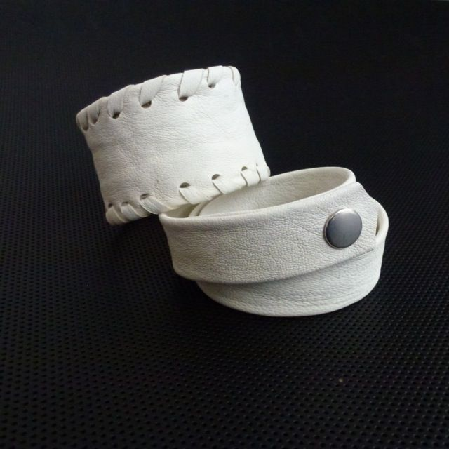 Bracelets(lambskin)Made by UNNI HOFF