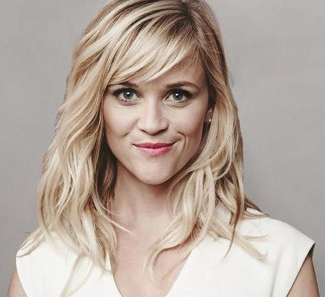 50 Gorgeous Side Swept Bangs Hairstyles For Every Face Shape #curlyhairwithbangs