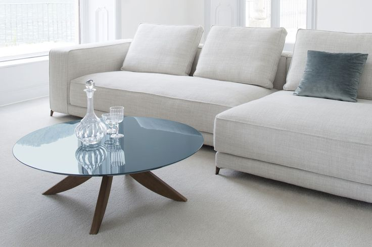 #Circus coffee table. In the bedroom, standing alone or coupled in the middle of the living room, the tables' surface is supported by sleek semi-circular legs, which create a particular floating top effect very dynamic.