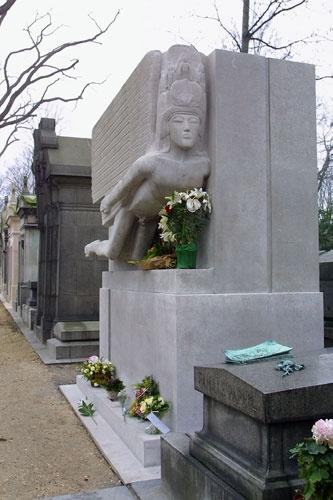 Cementerio de París - tumba de Óscar Wilde