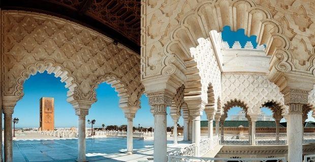 #Rabat è una moderna città lungo la costa occidentale del #Marocco che si affaccia sull'oceano Atlantico. Oltre ad essere la sede del Governo marocchino, Rabat è il centro principale della cucina tradizionale e dell'architettura della nazione, un vero e proprio gioiello dove gli edifici coloniali, i viali adornati dalle palme e l'atmosfera cosmopolita rendono la città una meta imperdibile durante il vostro viaggio in Marocco.  http://www.enjoysardinia.net/index.php?page=details&id=92