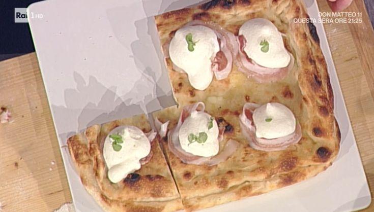 """La ricetta della pizza imbottita fantasia di fiordilatti di Gino Sorbillo del 1 marzo 2018, a """"La prova del cuoco"""". L'arte della pizza su Rai1."""