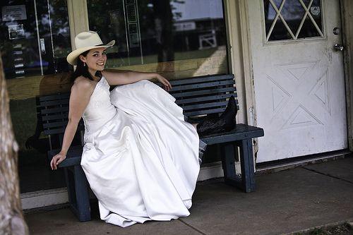 country Wedding Dresses | Cowboy Wedding: Western Style Wedding Dresses and Theme