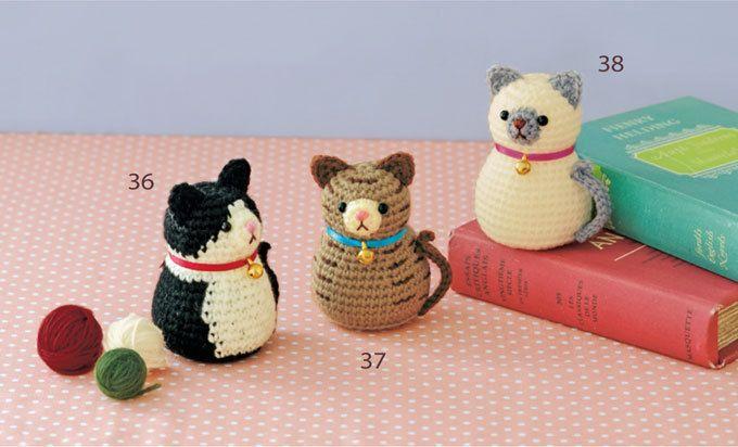 ぽってりとしたマトリョーシカ風のシルエットがかわいいねこたちのあみぐるみ。 どれも同じ編み図でできちゃいます。 sponsord by ハマナカ株式会社 http://hamanaka.jp/books/h103-140