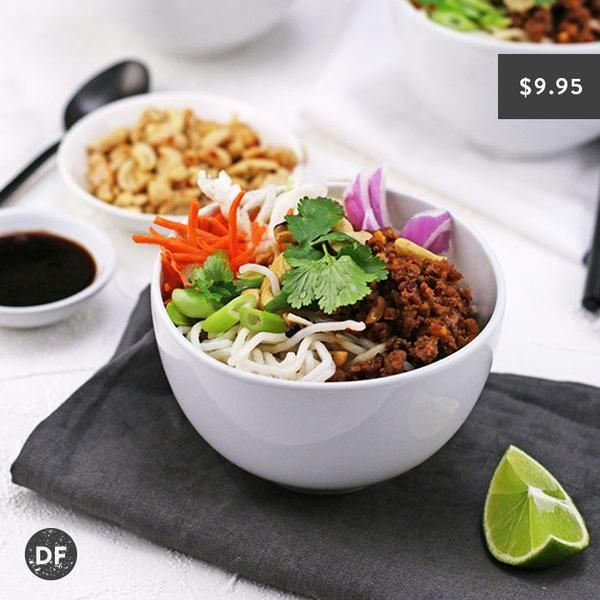 YouFoodz | Viatnamese Bowl $9.95 | Tasty rice noodles, paired with a crisp veg combo of carrot, cabbage, red onion, coriander and loaded with healthy turkey mince tossed with peanuts, lime, chili and fish sauce | #Youfoodz #HomeDelivery #YoullNeverEatFrozenAgain