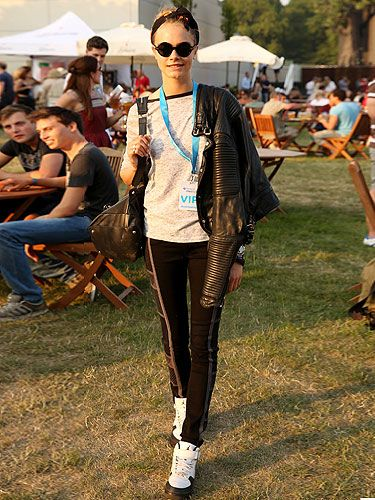 Cara Delevingne plucked for a sportier style as she headed to the Barclaycard British Summer Time Concert playing with her low-key look