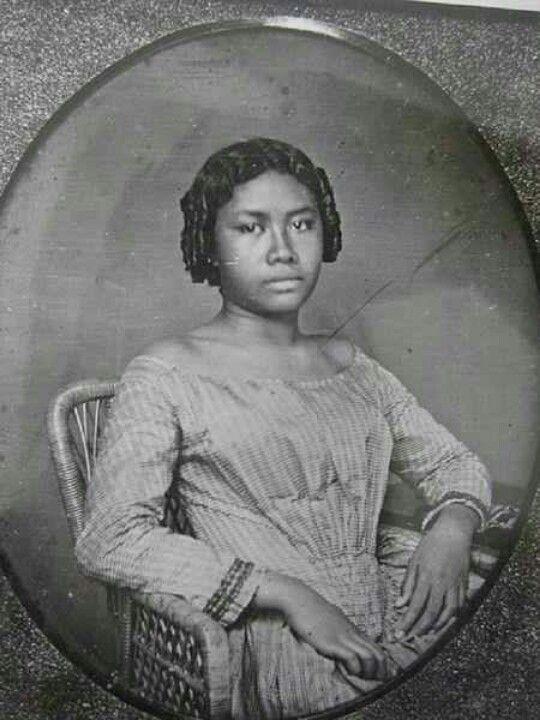 Last queen of Hawaii. Yep she was black.