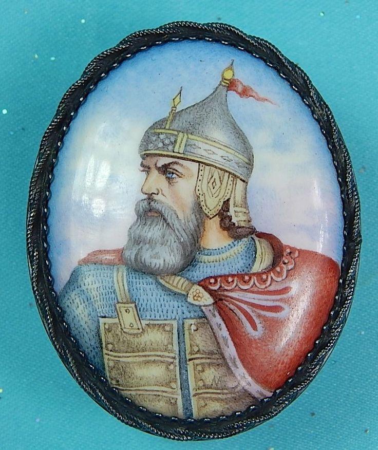 St Vladimir?  Russian Russia Filigree Enamel Finift Hand Painted Silver Small Pill Box.