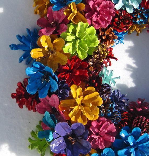 Hecho a mano Natural colorido arco iris pino cono corona pieza