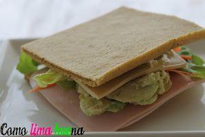 ¿Sabes cuáles son los ingredientes de este singular pan sin gluten? Plátanos y huevos. ¡Espectaular!