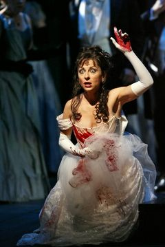 lucia de lammermoor natalie dessay dvd Gaetano donizetti: lucia di lammermoor natalie dessay: lucia vladislav sulimsky: enrico piotr beczala: edgardo dmitry  and nothing else (this is the audio version of a performance also available from naxos on dvd.
