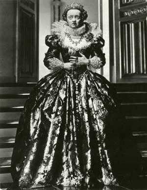 Bette as Elizabeth I - bette-davis Photo